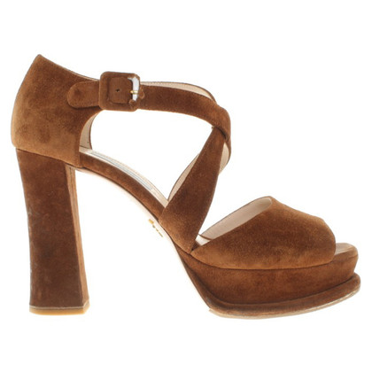 Prada Suede pumps in brown
