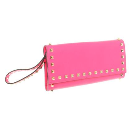 Valentino Rockstud clutch in Pink