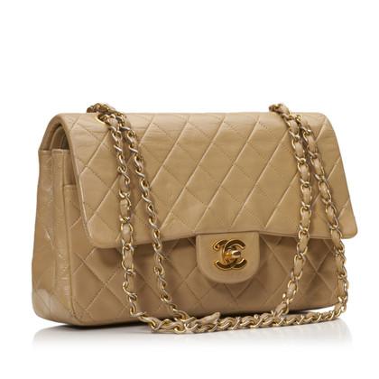 Chanel Medium lamsleer Classic Flap