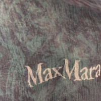 Max Mara Scarf in wool / silk