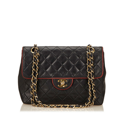 Chanel Quilted lamsleer Chain Flap