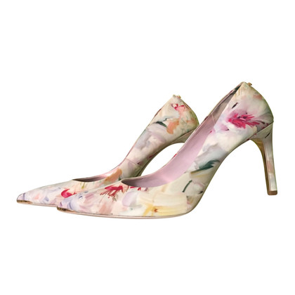 Ted Baker  pumps with floral pattern