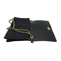 Chanel clutch of silk