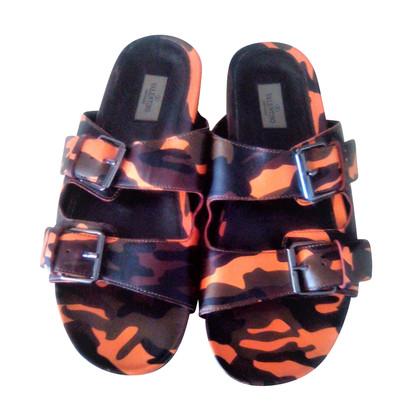 Valentino Sandalen mit Camouflage-Muster