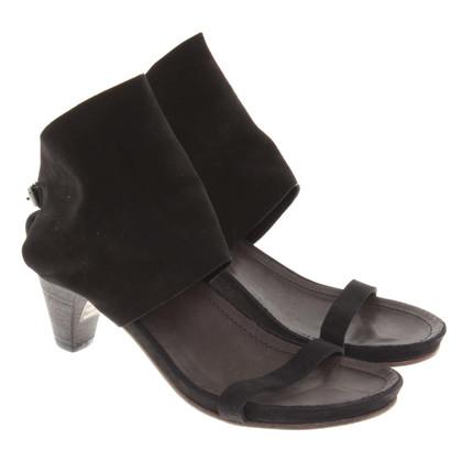 Humanoid Sandals in black