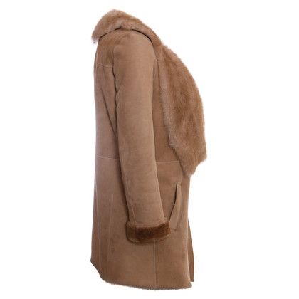 Hôtel Particulier  light brown lammy coat