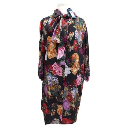 Dolce & Gabbana Silk dress with bow