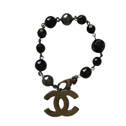 Chanel Kralen armband in grijs / zwart
