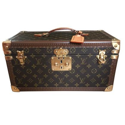 Louis Vuitton Beauty Case from Monogram Canvas