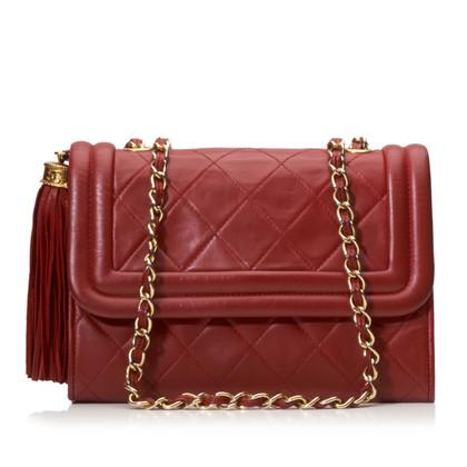 Chanel Gesteppte Lammfell-Quaste Überschlagtasche
