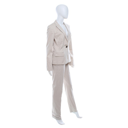 Hugo Boss Suit in beige