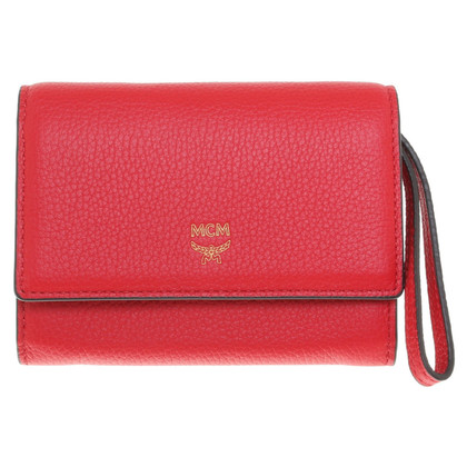 MCM '' Milla Card Case S '' in red