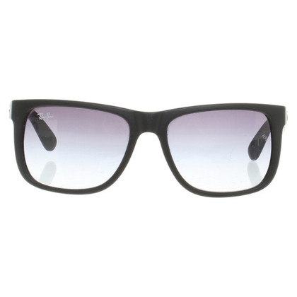 Ray Ban Sunglasses with logo