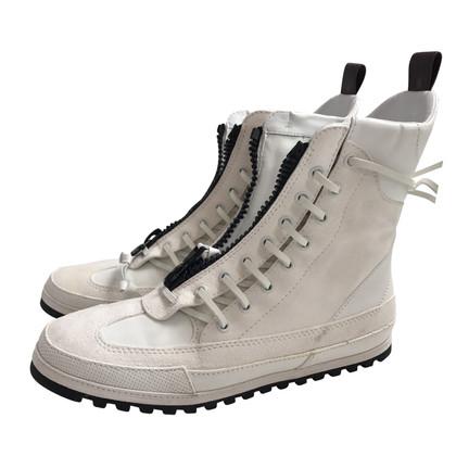 Louis Vuitton Wildleder-Sneakers