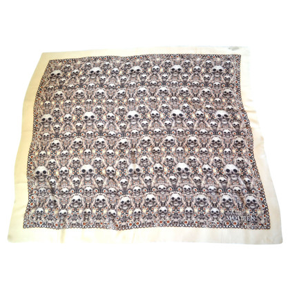 Alexander McQueen Cloth with cashmere content