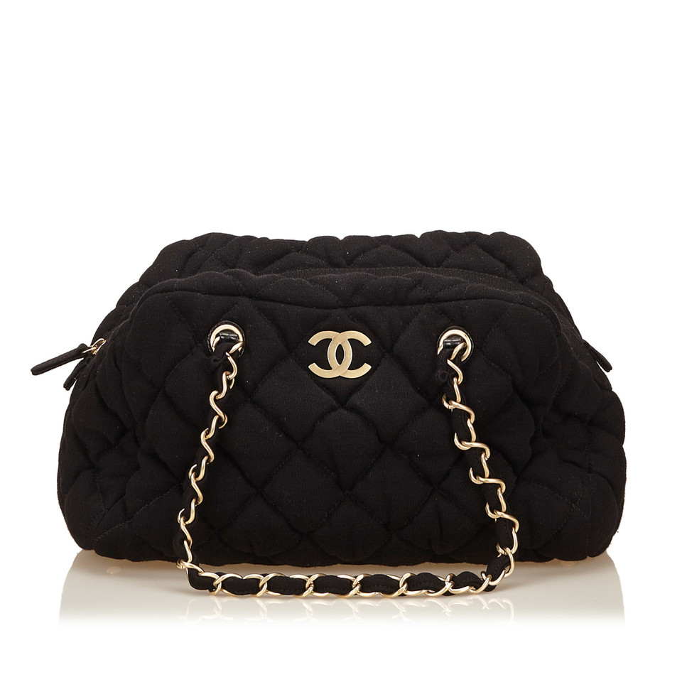 chanel bubble quilt bowler tasche second hand chanel bubble quilt bowler tasche gebraucht. Black Bedroom Furniture Sets. Home Design Ideas