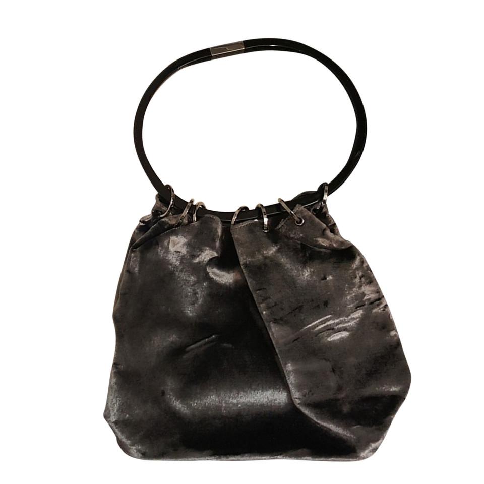 gucci sac main en velours acheter gucci sac main en velours second hand d 39 occasion pour. Black Bedroom Furniture Sets. Home Design Ideas