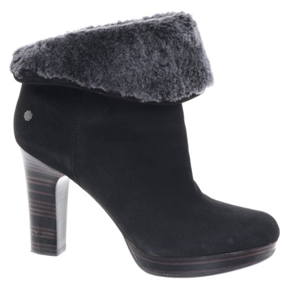 Ugg Ankle boots in black