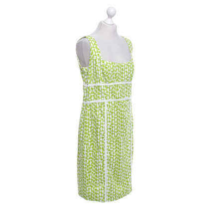 Laurèl Patterned dress in green / white