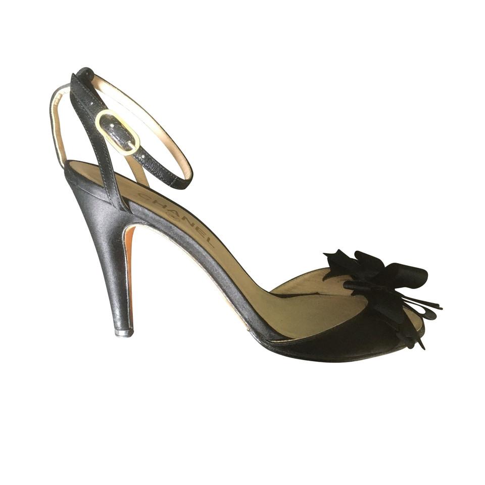 Chanel Black pumps - Buy Second hand Chanel Black pumps ... - photo #43
