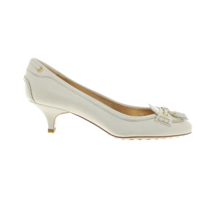 Car Shoe Pumps in Creme