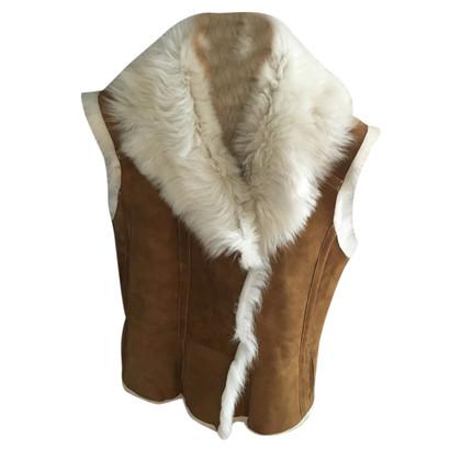 Closed Lambskin vest