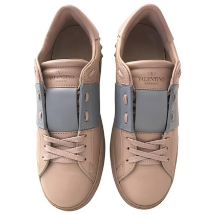 Valentino sneakers open