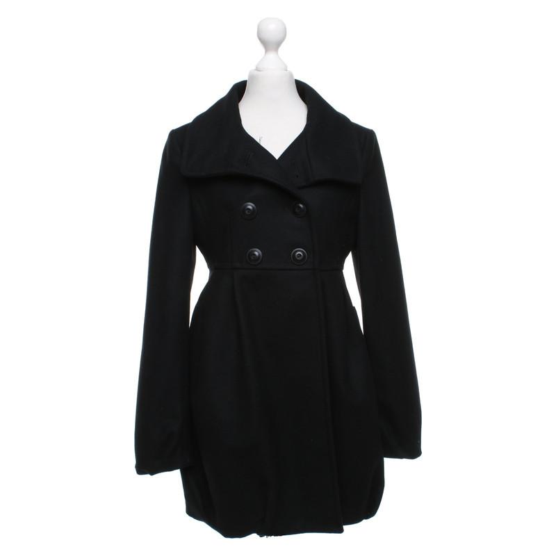cappotto nero stefanel