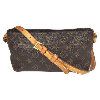 "Louis Vuitton ""Trotteur Monogram Canvas"""