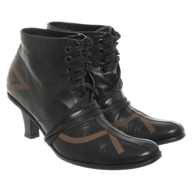 Chaussures Marithé et Francois Girbaud Second Hand: boutique
