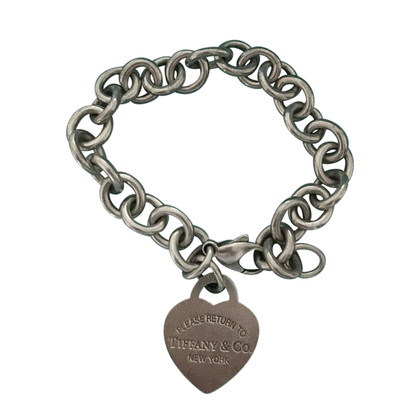 Tiffany & Co. Bracelet with heart pendant