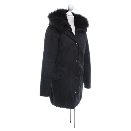 Blonde No8 Parka in zwart