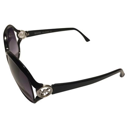 Michael Kors Classic sunglasses