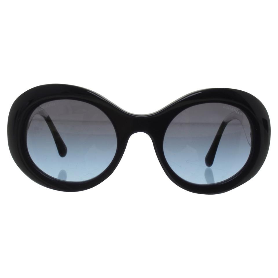 chanel sonnenbrille in dunkelblau second hand chanel. Black Bedroom Furniture Sets. Home Design Ideas