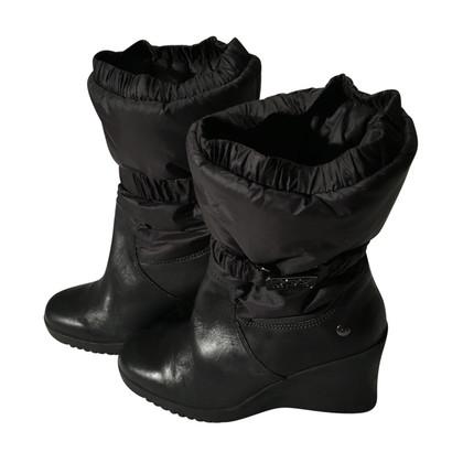 Ugg Ugg black boots