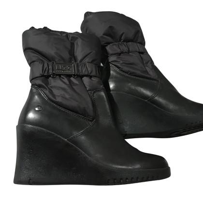 Ugg Schwarze Stiefel