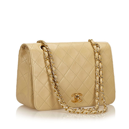 Chanel Quilted Medium lamsleer Double Flap