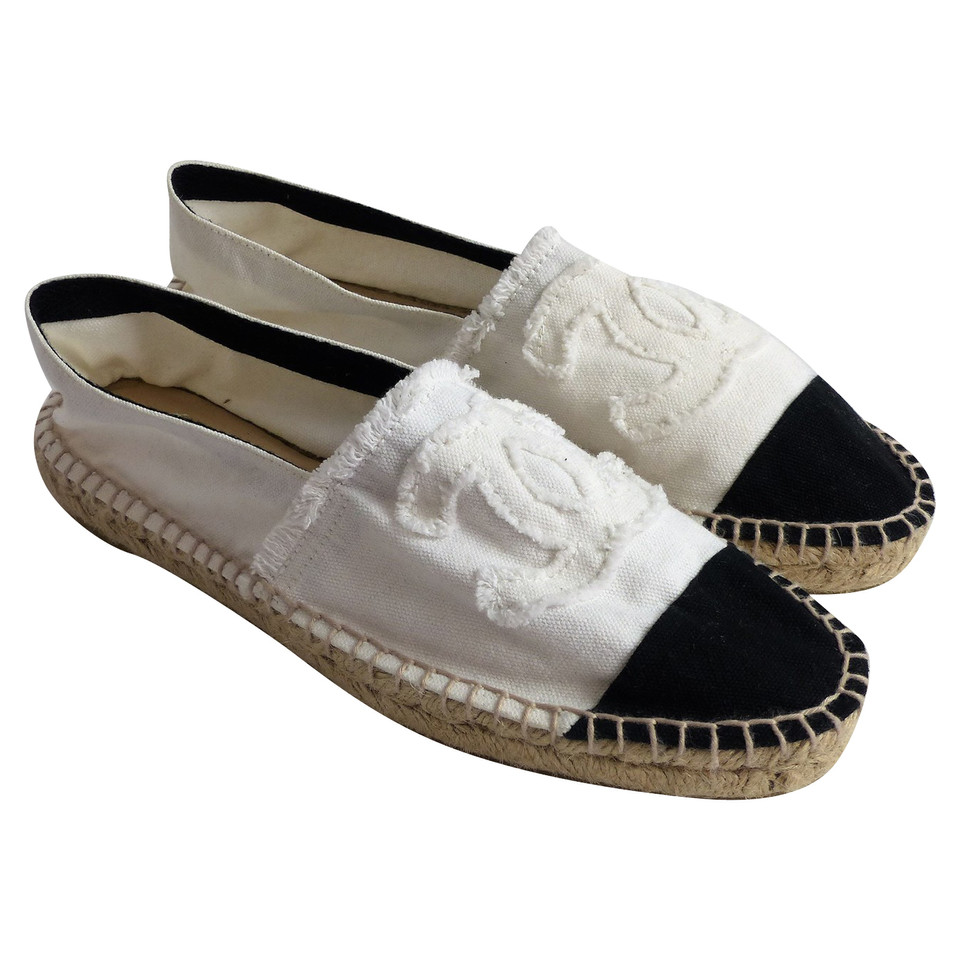 chanel espadrilles with logo buy second hand chanel espadrilles with logo for. Black Bedroom Furniture Sets. Home Design Ideas