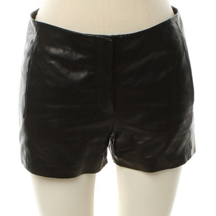 T by Alexander Wang Lederen shorts in zwart