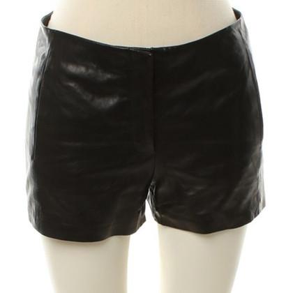 T by Alexander Wang Shorts in pelle in Black