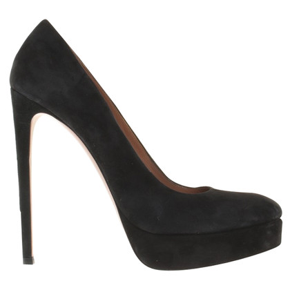 Alaïa pumps from suede
