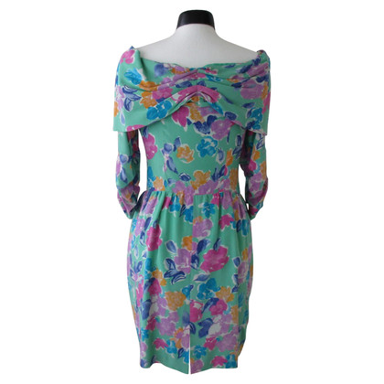 Guy Laroche Summer dress with shawl