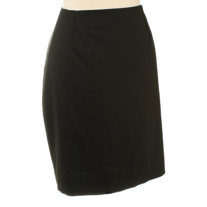 Calvin Klein skirt in black