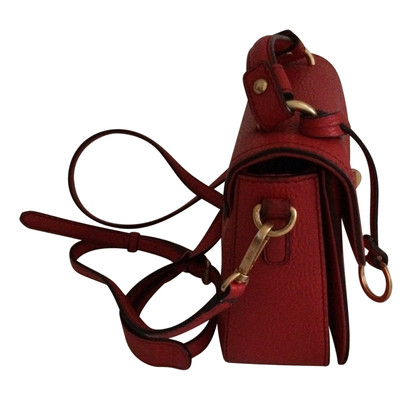 MCM Schultertasche in Rot