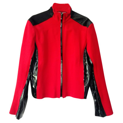 Nina Ricci Prachtig Red Jacket