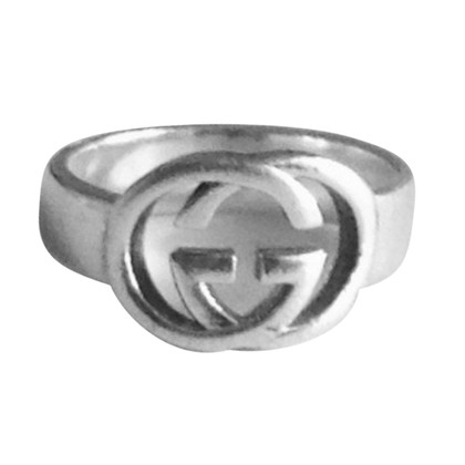 Gucci Ring with double G in silver