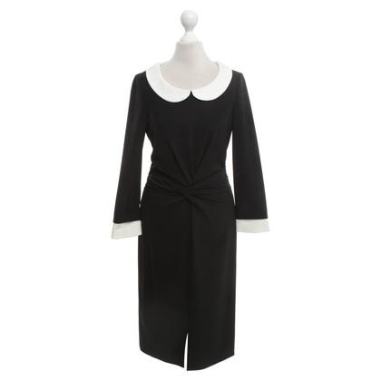 Rena Lange Robe noire avec col claudine