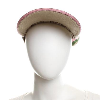 Gucci Peaked cap in beige