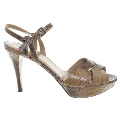 Stuart Weitzman Sandals in Brown