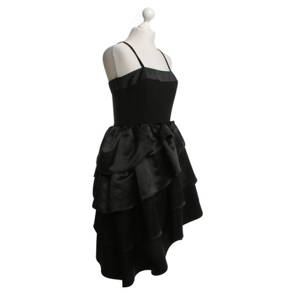 Other Designer Louis Féraud cocktail dress in black